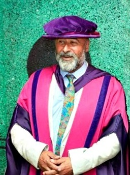 Dr Richard Young