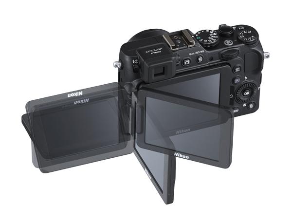 The COOLPIX P7800 is a multi-talented camera